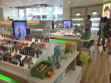38 The Face Shop Interior