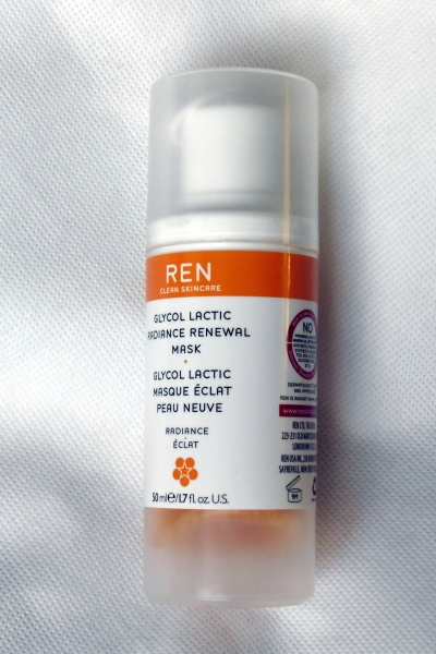 01 REN Glycol Lactic Radiance Renewal Mask Review