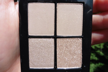 02 Sonia Kashuk Monochrome Eye Quad Textured Taupe Review - Sunlight