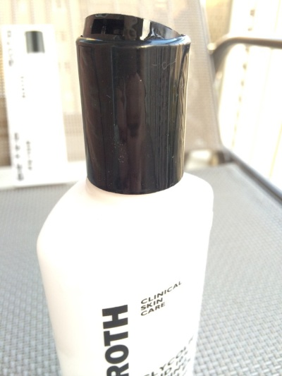 03 Peter Thomas Roth Glycolic Acid 10% Toning Complex Clarifying Toner Review