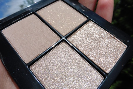 04 Sonia Kashuk Monochrome Eye Quad Textured Taupe Review - Sunlight