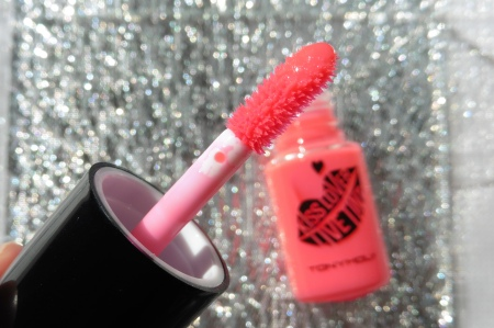02 TonyMoly Kiss Lover Live Tint #1 Live Pink Review