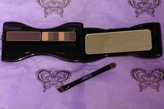03 Anna Sui Eyebrow Color Compact 03 Ash Brown Review - Flash
