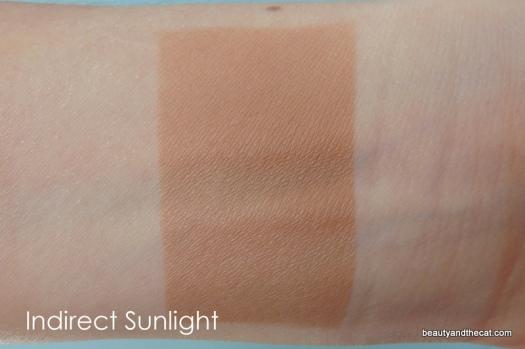 03 Vita Liberata Trystal Bronzing Minerals Swatch-Light Sunkissed