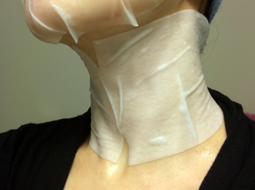 02 Forever Luminous Exhilarating Neck Mask Review