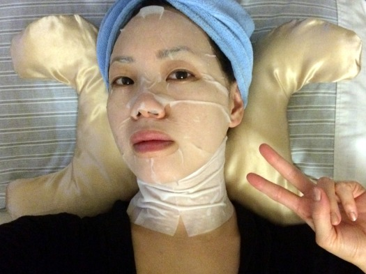 06 Forever Luminous Exhilarating Neck Mask Review