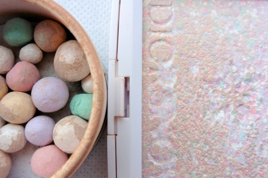 13 Diorsnow Rainbow Powder review compare Guerlain Meteorites