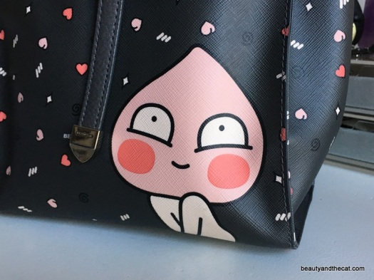 02 Beanpole Apeach Purse