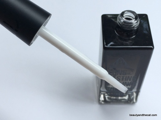 03-neogen-long-lasting-eyeliner-coating-serum-review